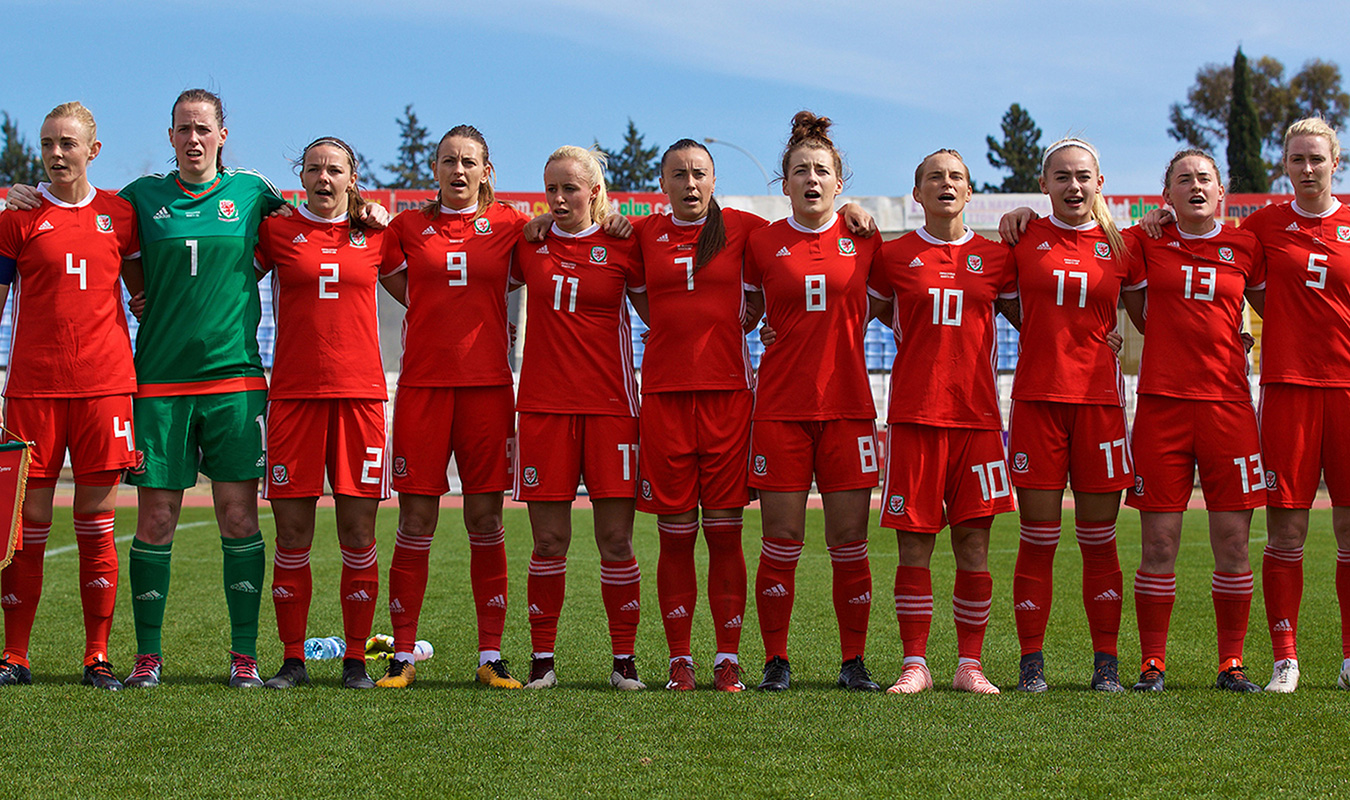 A group shot of the Wales Women's football team